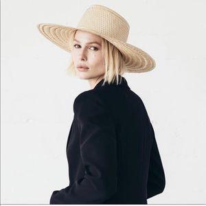 NWT!! Elsa Boater Hat